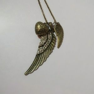 Fashion Jewelry Jewelry - Hearts & Wings Dangle Necklace